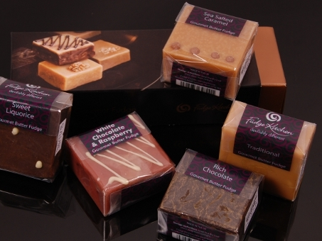 Fudge Kitchen, Sharing Square, 6 Stk. in der Geschenkbox, 510g